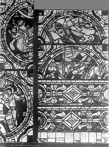 Cathédrale Saint-Pierre Vitrail, baie C : médaillons ornement, Leprévost (photographe),