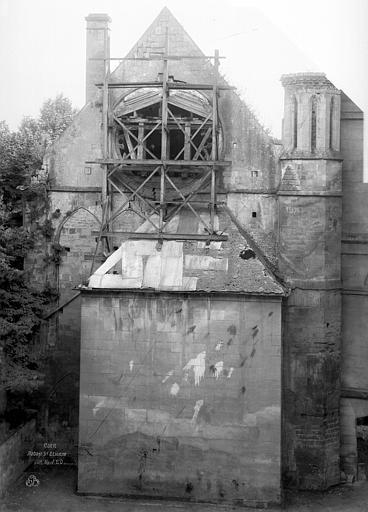 Abbaye aux Hommes (ancienne) Salle des Gardes : pignon, Durand, Jean-Eugène (photographe),