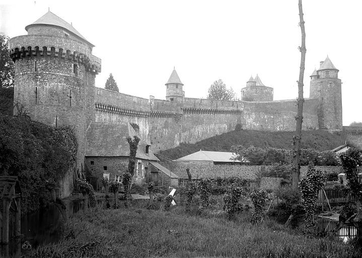 Château Remparts, au nord de l'entrée, Durand, Jean-Eugène (photographe),