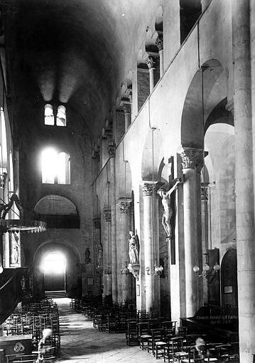 Eglise Notre-Dame-du-Port Nef, vue du choeur, Durand, Eugène (photographe),