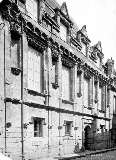Hôtel de Ville ou hôtel des Crémaux (ancien) Façade sur rue, Mieusement, Médéric (photographe),