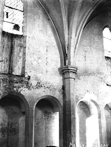 Eglise Travées de la nef, Louzier (photographe),