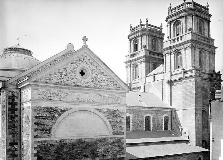 Cathédrale Saint-Pierre Façade nord et tours clochers, Mieusement, Médéric (photographe),