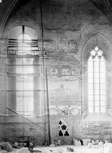 Palais des Papes Chapelle de Clément VI : Vue intérieure côté ouest, Durand, Jean-Eugène (photographe),