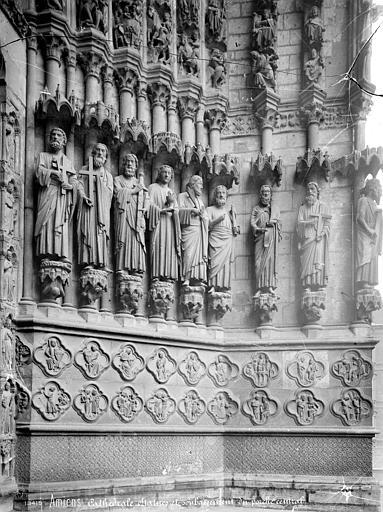 Cathédrale Notre-Dame Portail central de la façade ouest : Ebrasement droit, Mieusement, Médéric (photographe),