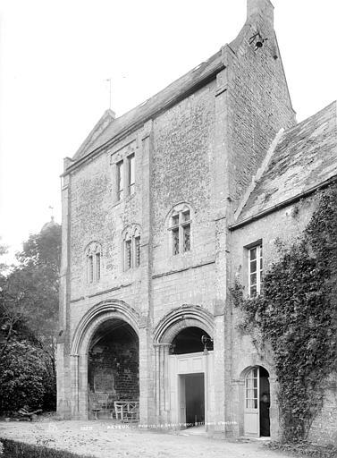 Prieuré de Saint-Vigor Pavillon d'entrée, côté jardin, Durand, Jean-Eugène (photographe),