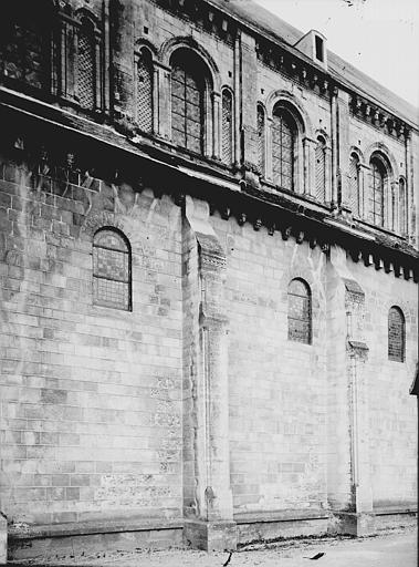 Abbaye aux Dames (ancienne), Eglise Sainte-Trinité Façade latérale: partie, Enlart, Camille (historien),