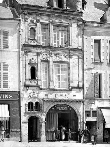 Maison dite de Jean d'Alibert Façade sur rue, Mieusement, Médéric (photographe),