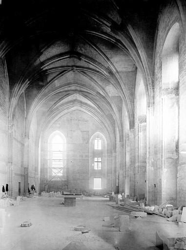 Palais des Papes Chapelle de Clément VI : Vue intérieure côté est, Durand, Jean-Eugène (photographe),