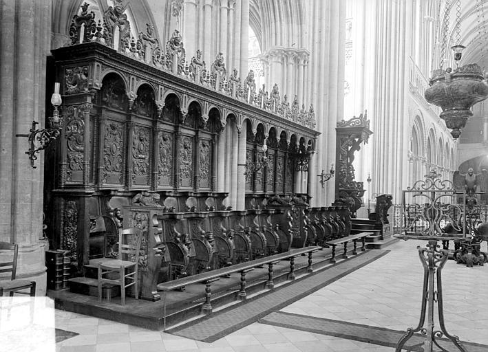 Cathédrale Notre-Dame Stalles, côté sud, Heuzé, Henri (photographe),