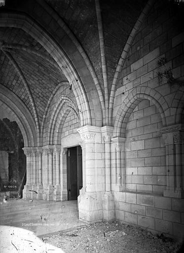 Abbaye Saint-Nicolas (ancienne) Eglise, bas-côté, Durand, Eugène (photographe),