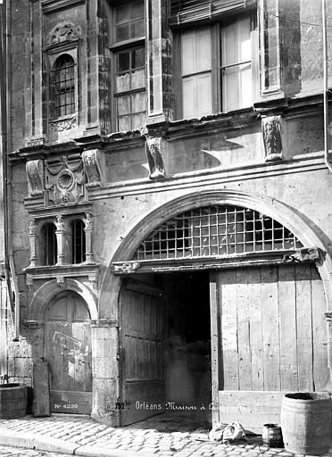 Maison dite de la Coquille Façade sur rue : Porte d'entrée, Mieusement, Médéric (photographe),