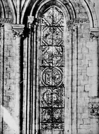 Cathédrale Saint-Maurice Vitrail, fenêtres et chapiteaux intérieurs, Magne, Louis,