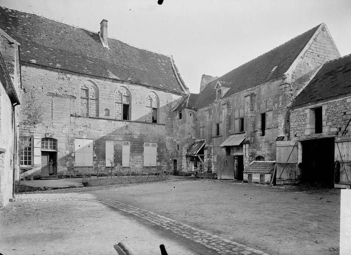 Manoir de Saint-Paterne (ancien) Cour, Service photographique,