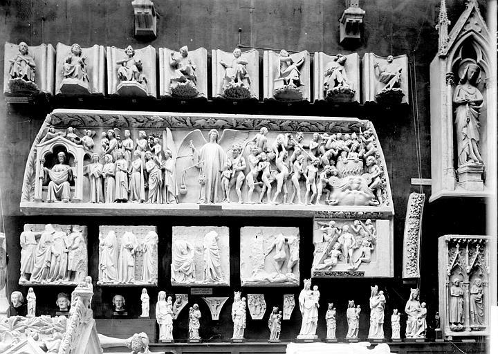 Cathédrale Saint-Etienne , Enlart, Camille (historien), 75 ; Paris 16 ; Palais de Chaillot (Trocadéro) ; Musée de Sculpture comparée, musée des Monuments français