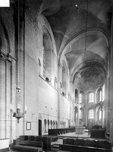 Abbaye aux Dames (ancienne), Eglise Sainte-Trinité Vue intérieure du choeur, Heuzé, Henri (photographe),