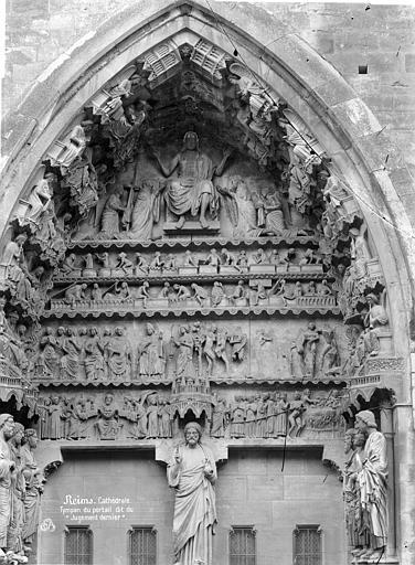 Cathédrale Notre-Dame Portail gauche du transept nord. Tympan : Le Jugement dernier, Mieusement, Médéric (photographe),