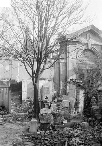 Archevêché (ancien) ; Palais du Tau (actuel) Portique d'entrée, Sainsaulieu, Max (photographe),