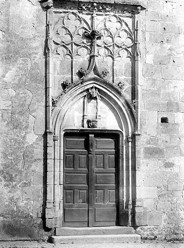 Eglise Façade ouest : porte, Mieusement, Médéric (photographe),