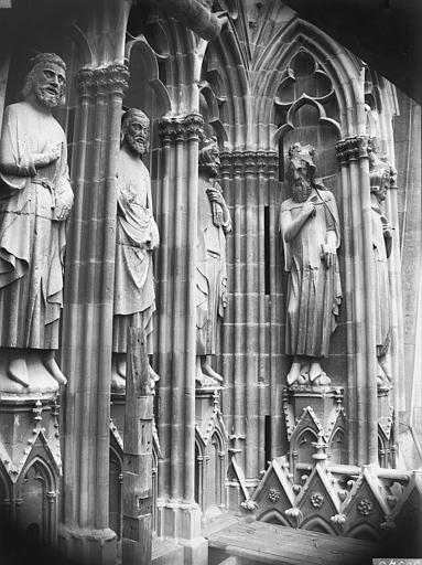 Cathédrale Notre-Dame Statues de rois, tour sud, Lajoie, Abel,