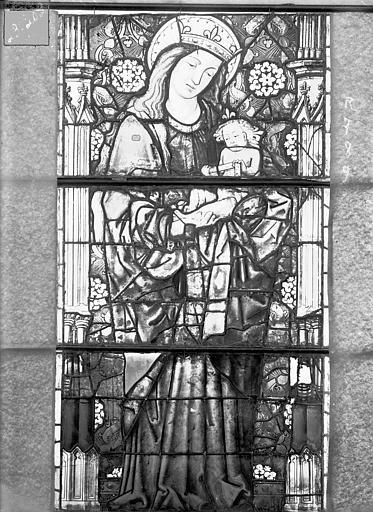 Eglise Saint-Gengoult Vitrail de la façade ouest, 3ème lancette à gauche 7, 8, 9, Romanais (photographe),