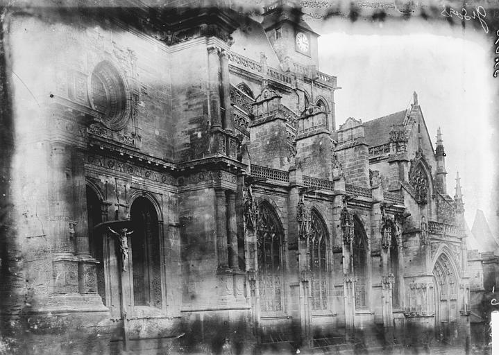 Eglise Saint-Gervais-Saint-Protais Façade latérale, Enlart, Camille (historien),