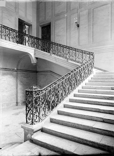 Abbaye aux Hommes (ancienne) 4ème escalier, Durand, Jean-Eugène (photographe),