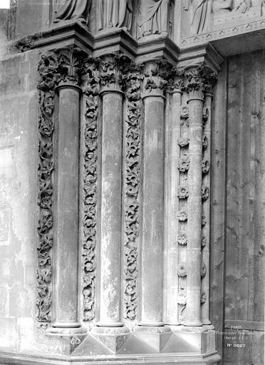 Sainte-Chapelle Porte haute, piédroits gauches, Durand, Eugène (photographe),