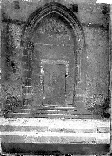 Eglise Saint-Paul (supposée) Petit portail, Enlart, Camille (historien),