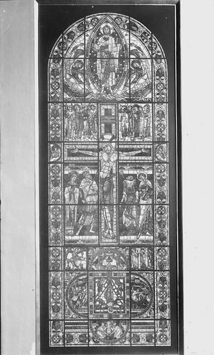 Cathédrale Saint-Pierre Vitrail, La Crucifixion, ensemble, Magne, Louis,