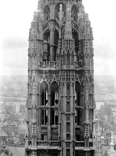 Cathédrale Tour du Beurre, Chaine, Henri (architecte),