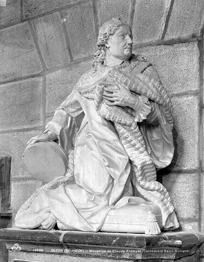 Cathédrale Saint-Bénigne Mausolée de Claude Fremyet, Neurdein (frères) ; Neurdein, Louis ; Neurdein, Louis (photographe),