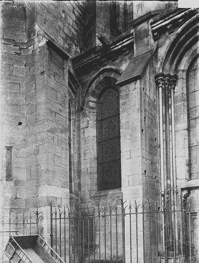 Eglise Notre-Dame Façade latérale: partie, Enlart, Camille (historien),