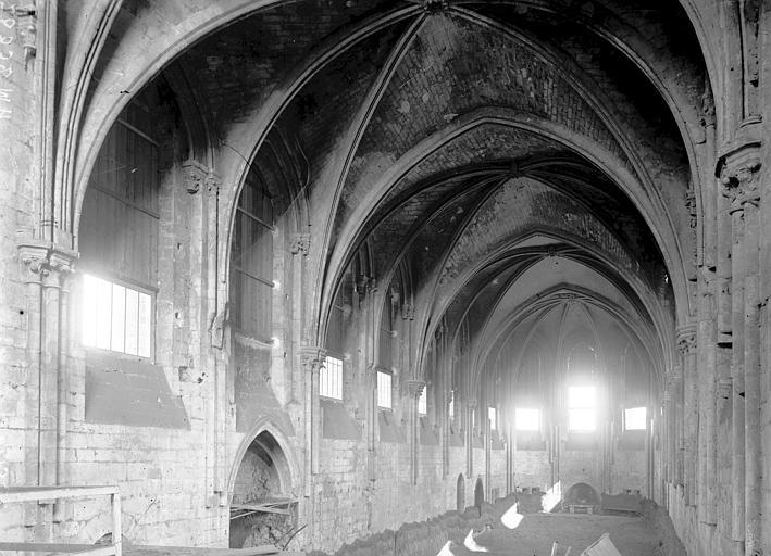 Eglise Saint-Frambourg Nef, Enlart, Camille (historien),