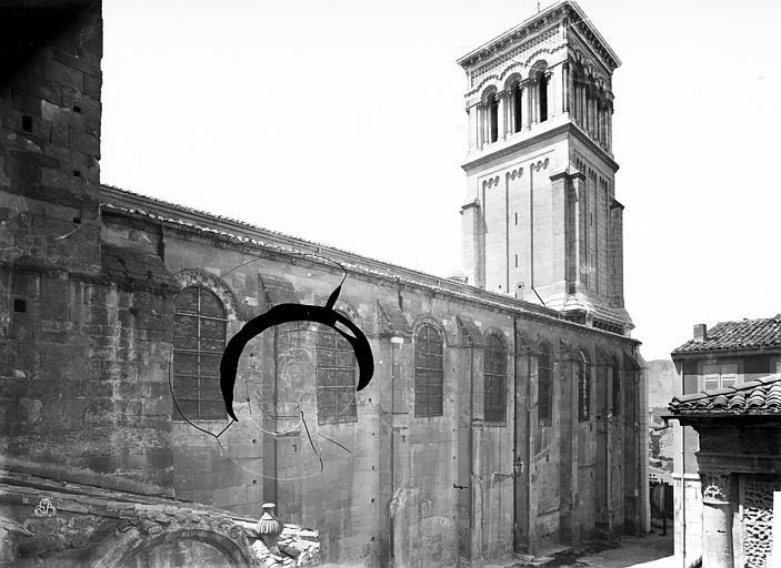 Cathédrale Saint-Apollinaire Façade nord : partie ouest et clocher, Mieusement, Médéric (photographe),