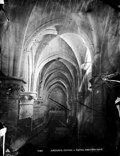 Eglise Saint-Denys Bas-côté nord, Durand, Eugène (photographe),