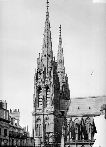 Cathédrale Notre-Dame Façade sud : tour clocher, Mieusement, Médéric (photographe),