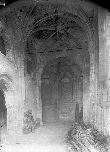Chapelle Saint-Evremond Vue intérieure de la chapelle sud, Durand, Jean-Eugène (photographe),