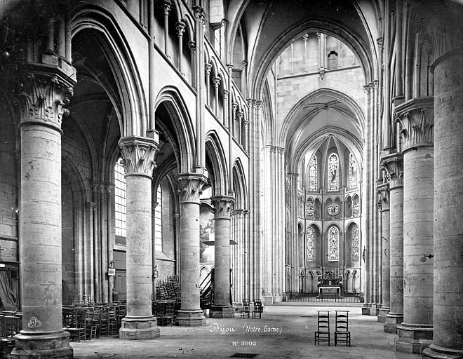 Eglise Notre-Dame Vue intérieure de la nef vers le nord-est, Mieusement, Médéric (photographe),