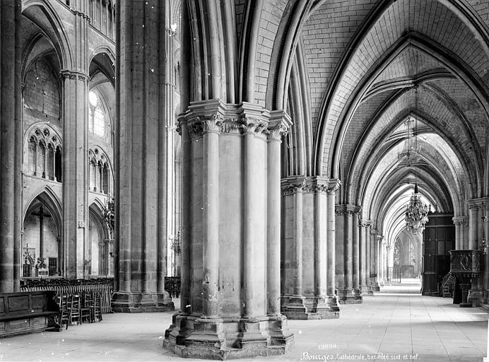 Cathédrale Saint-Etienne Vue intérieure du bas-côté sud et de la nef, vers le nord-est, Mieusement, Médéric (photographe),