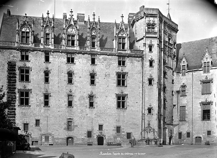 Château des ducs de Bretagne Façade sur cour, Mieusement, Médéric (photographe),