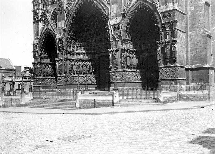 Cathédrale Portail ouest, Chaine, Henri (architecte),