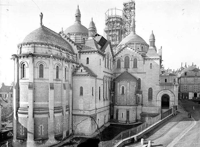 Cathédrale Saint-Front Ensemble nord-est, Mieusement, Médéric (photographe),