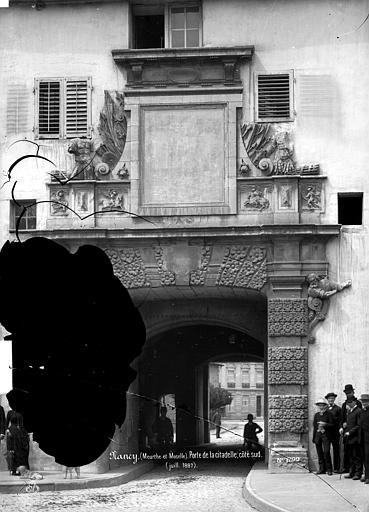 Porte de la Citadelle Côté sud, Mieusement, Médéric (photographe),