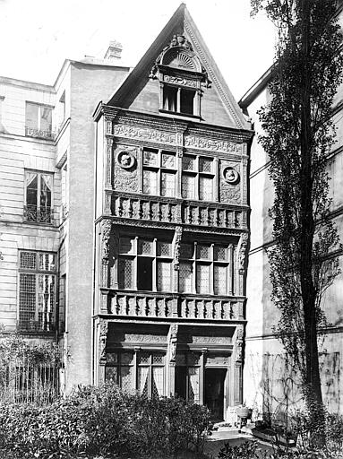 Maison dite de Diane de Poitiers Façade, Neurdein Frères (photographes),