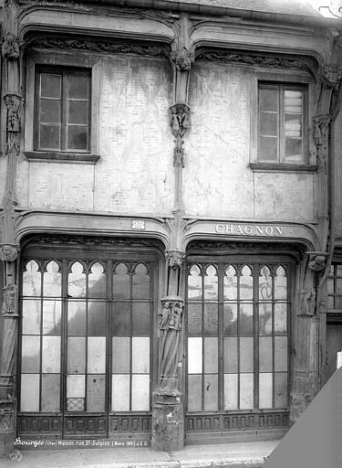 Maison dite de la Reine Blanche Façade sur rue, Durand, Jean-Eugène (photographe),