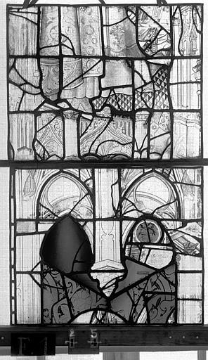 Eglise Saint-Maclou Vitrail, chapelle des Quatre Confessionnaux, onzième panneau, Heuzé, Henri (photographe),