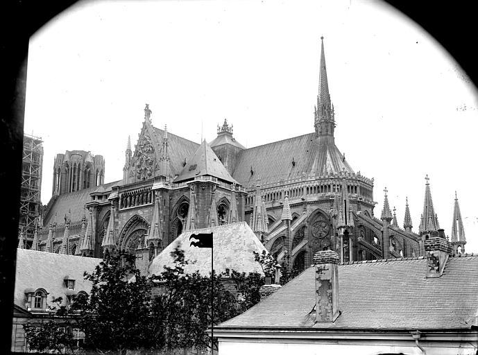 Cathédrale Notre-Dame Ensemble sud-est, pris de la rue de l'Université, Lajoie, Abel,