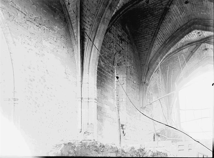 Chartreuse du Val-de-Bénédiction Eglise conventuelle (supposée): intérieur, Enlart, Camille (historien),