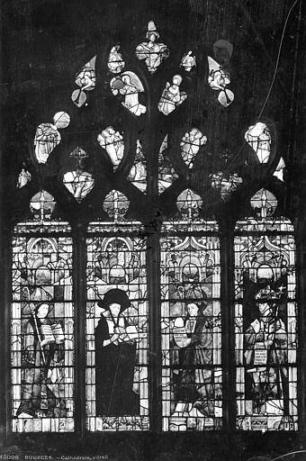 Cathédrale Saint-Etienne Vitrail : Les Quatre Pères de l'Eglise, Leprévost (photographe),